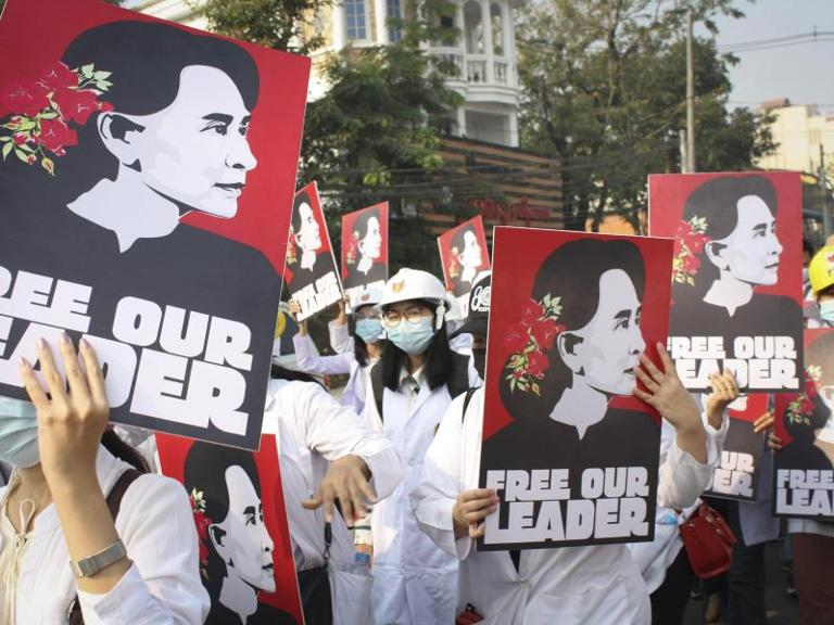 Demonstration für Aung San Suu Kyi