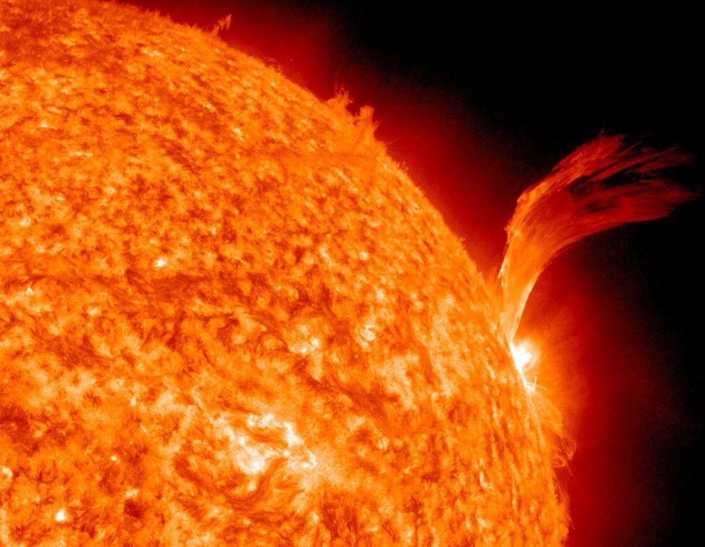 Bill Gates investiert in Projekt, das Staub in die Atmosphäre bläst - um die Sonne zu blockieren