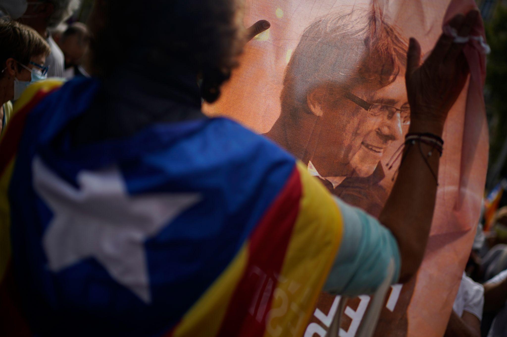 Kataloniens Ex-Regierungschef Puigdemont kurz festgesetzt
